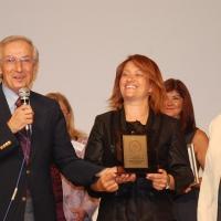Tülay Aktaş Gönüllü Kuruluşlar Güçbirliği – Karşılıksız Hizmet Ödülü